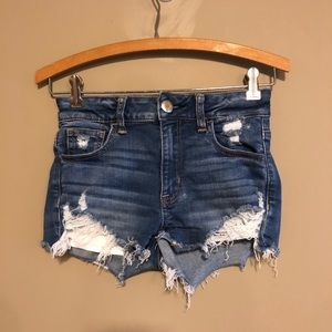 AMERICAN EAGLE OUTFITTERS | Hi-Rise Shortie